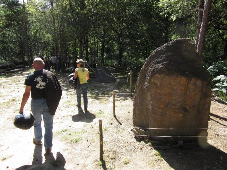 site mégalitheques de monteneuf  247